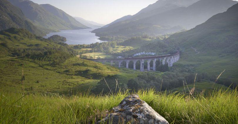 Glenfinnan viaduct scotlan
