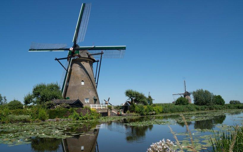 Holland com