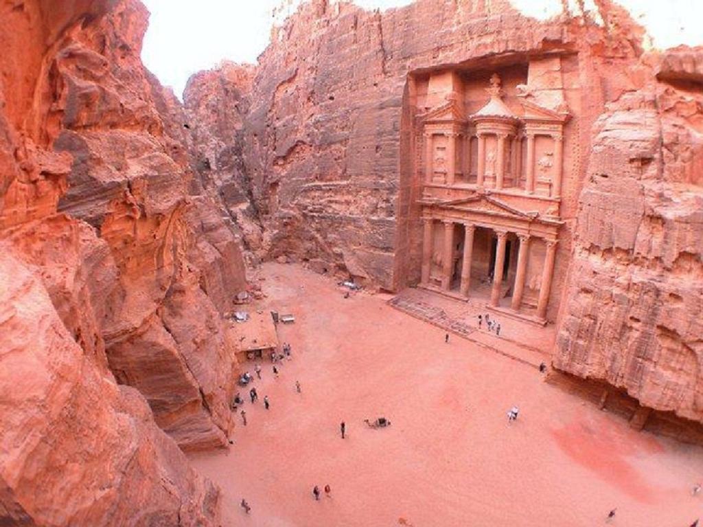 Petra booking