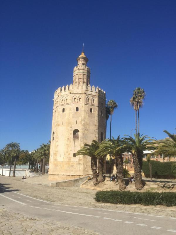 Seville eee